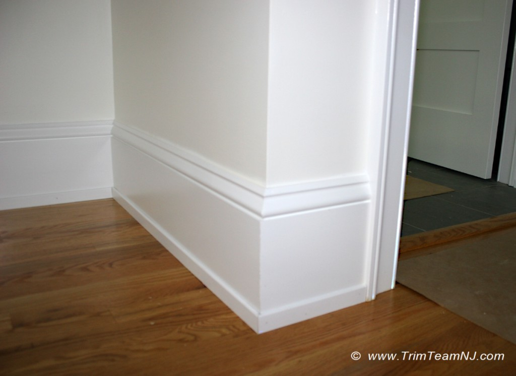 Windows door and crown mouldings trim team nj for Baseboard and door trim
