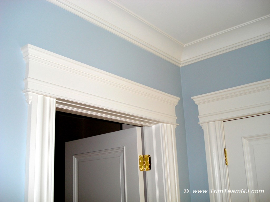 Windows door and crown mouldings trim team nj for Door moulding