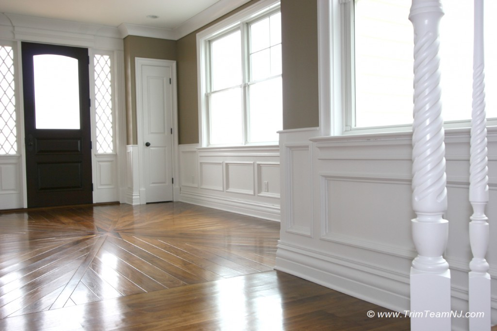 Wainscot and picture frames trim team nj woodwork for Interior design 07760
